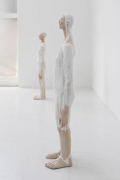 「空の景色と空な心」(2013) 展示風景