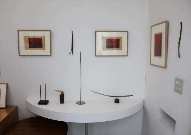 「叫びと囁き」展示風景(2013)